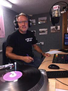 Vinyl Rock Rennaisance – With Myles White